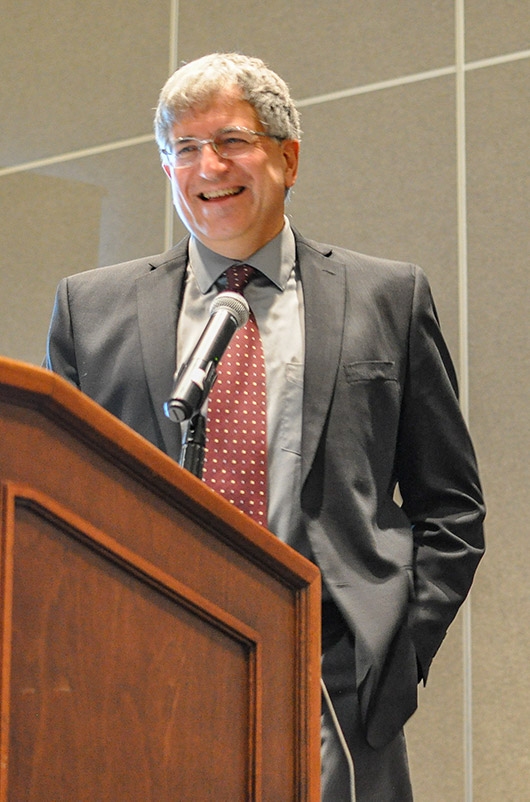 CSU Professor and University Distinguished Teaching Scholar Branislav Notaros receives the ACES Technical Achievement award at the 2019 ACES awards banquet in Miami, Fla.