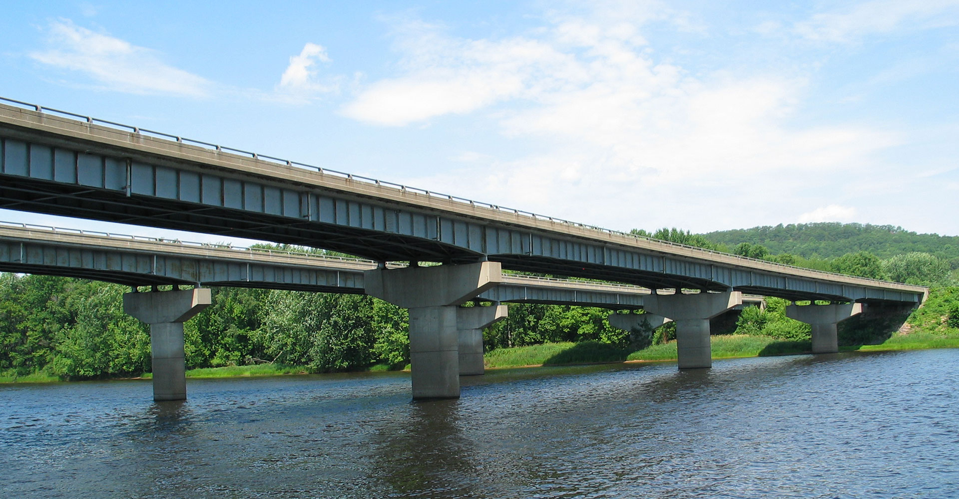 steel girder bridge