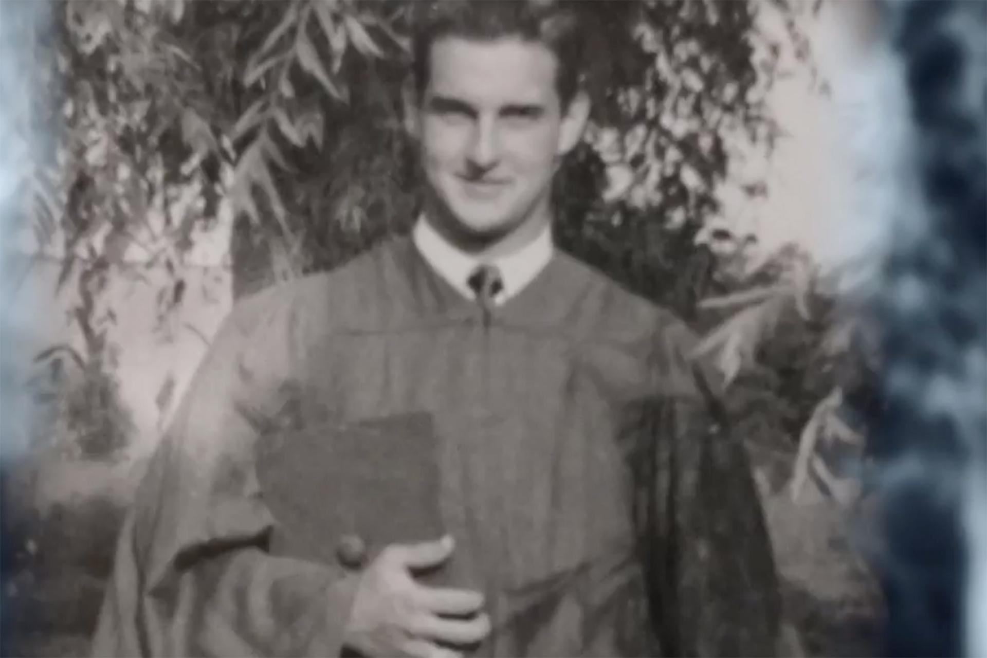 Walter Scott, Jr. in college